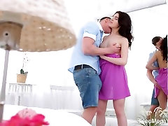 Anal-Angels.com - Lindsey Vood - Stud feeds cutie with sperm