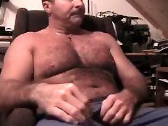 Mature dad jerking on Webcam. More on gayclip.webcam