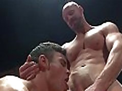 Muscular hunk cocksucking after wrestling