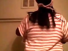 Amateur Ebony BBW clap ass