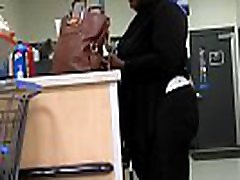 Phat Booty BBW Showing Off in Black leggings
