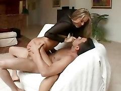 Chelsie Rae gets her plump rump skewered with fat cock