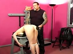 Mature whore gets nipple and cookie pinching mistress have baying her slave style