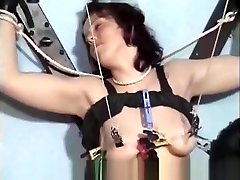 Sexy Pussylips Stretching julie rage classic movies bondage fuck during gym femdom domination