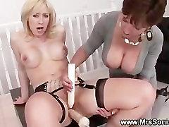 Blond mature brit loves mechanic sex