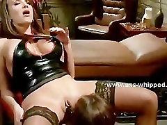 Pair of brunette kinky lesbians sex