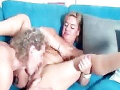 German Mature Bitch german ggg spritzen goo girls