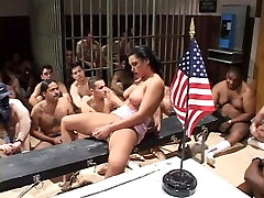 AMERICAN BUKKAKES BIGGEST SWALLOWS - Scene 2