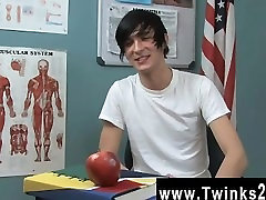 Gay twinks Aidan Chase has an infectious personality and a superb smile