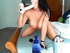 Sexy Big Tits Playing on Cam