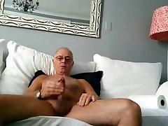 Older man shoot a nice load