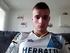 22yo French Str8 Boy With Sexy Virgin Bubble Ass On Cam