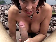 Hot Mature Cougar Sexy Blow Job